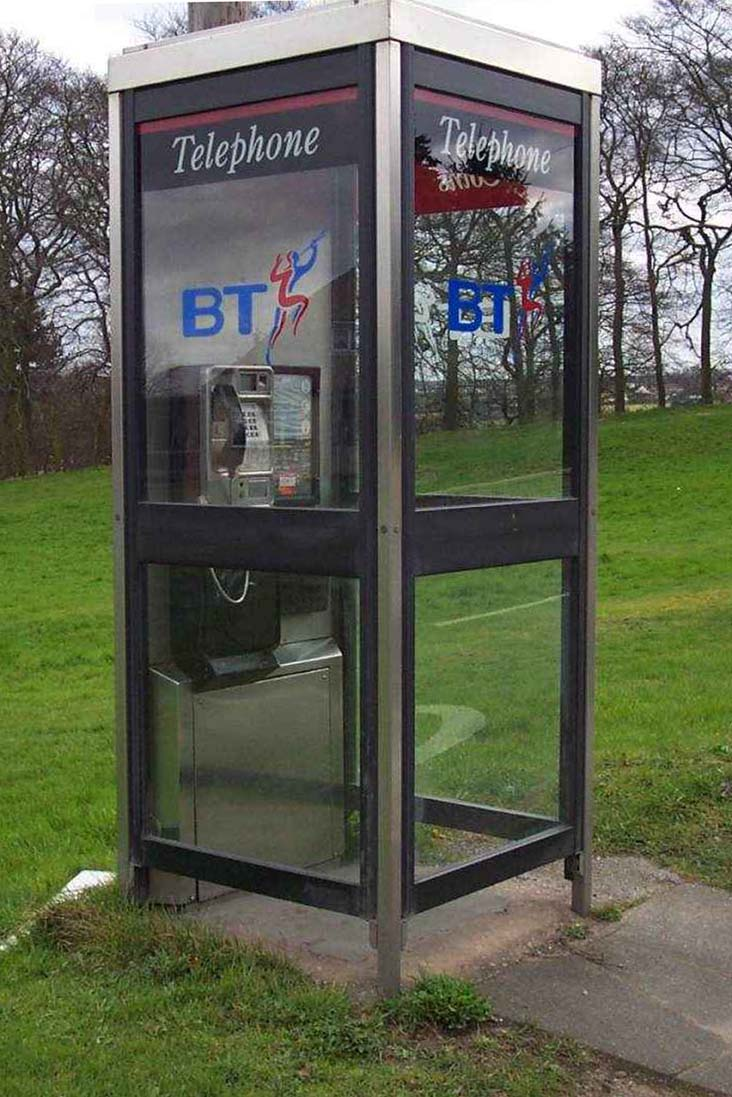 BT KX100 Telephone Kiosk